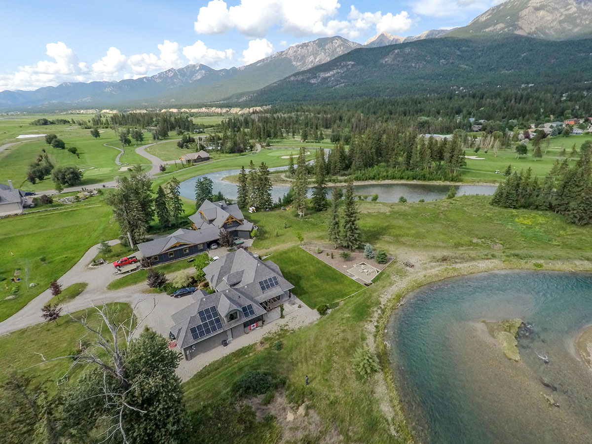 5-32-kW Residential Solar PV in Fairmont Hot Springs BC