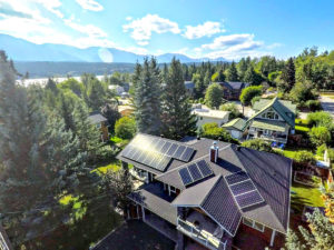 7-92-kW Residential Solar PV in Windermere BC
